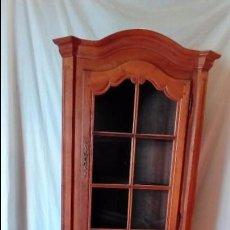 Antigüedades: ESQUINERO DE ROBLE PROVENZAL-. Lote 94143850