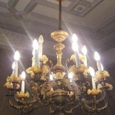 Antigüedades: LAMPARA DE GAS ELECTRIFICADA CON 15 TULIPAS. BRONCE. ESPAÑA. SIGLO XIX.. Lote 94294614