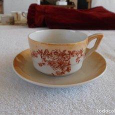 Antigüedades: ANTIGÜA TAZA DE CAFÉ DE COLECCIÓN FIRMADO SANTA CLARA 7,5 CM DIAMETRO PLATO 13 CM DIAMETRO . Lote 94322646