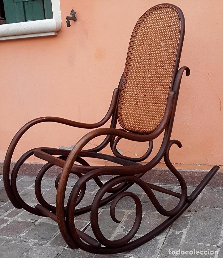 Sedia a dondolo vintage (xx secolo) - Venduto all\'asta ...
