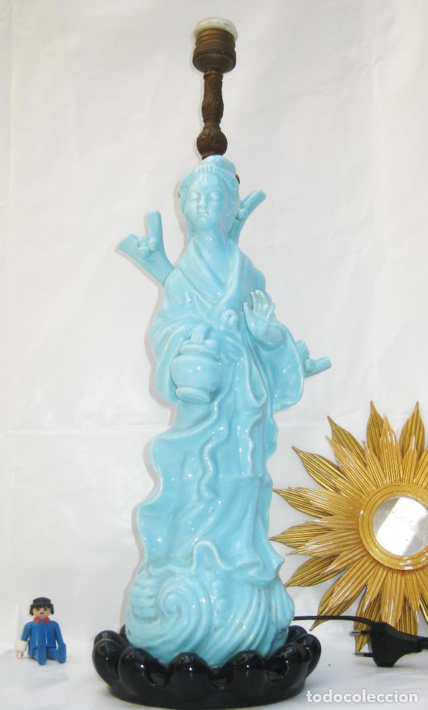 Antigüedades: LAMPARA CERAMICA MANISES ANTIGUA GHEISA EN AZUL PASTEL DECORACION VINTAGE POP CHILL OUT FOO - Foto 3 - 94344014