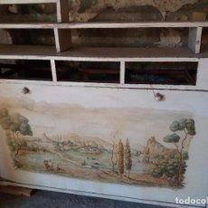 Antigüedades: MUEBLE CON PINTURA FIRMADA. Lote 94375602