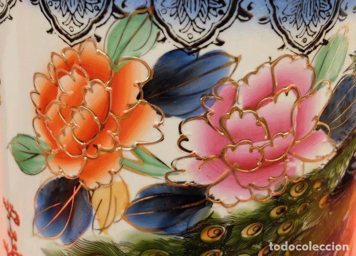 Antigüedades: ANTIGUO PARAGUERO DE MANUFACTURA CHINA EN PORCELANA PINTADA. MEDIADOS SIGLO XX - Foto 7 - 94381770
