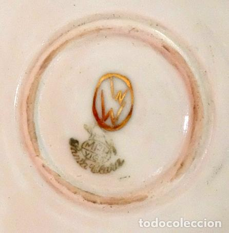Antigüedades: SENSACIONAL PAREJA DE PLATOS EN PORCELANA DE SANTA CLARA CON ESCENAS PINTADAS A MANO. CIRCA 1920 - Foto 13 - 94385706