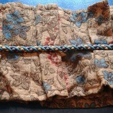 Antigüedades: TELA DE PASAMANERIA PARA CORTINAS S XVIII.. Lote 94390546