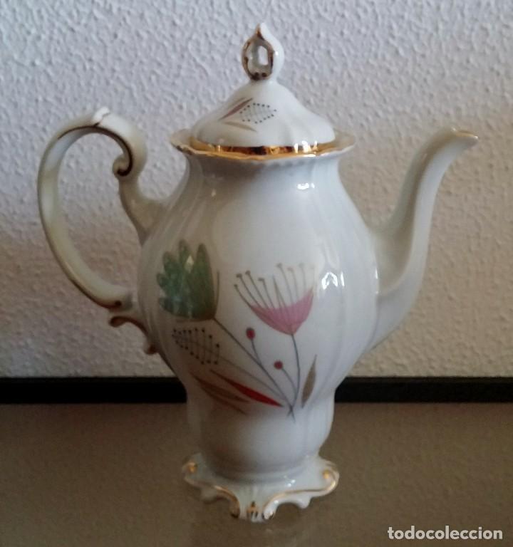 Antigüedades: Juego de Café porcelana Santa clara - 5 servicios - Ref. 776 - Foto 4 - 94407410