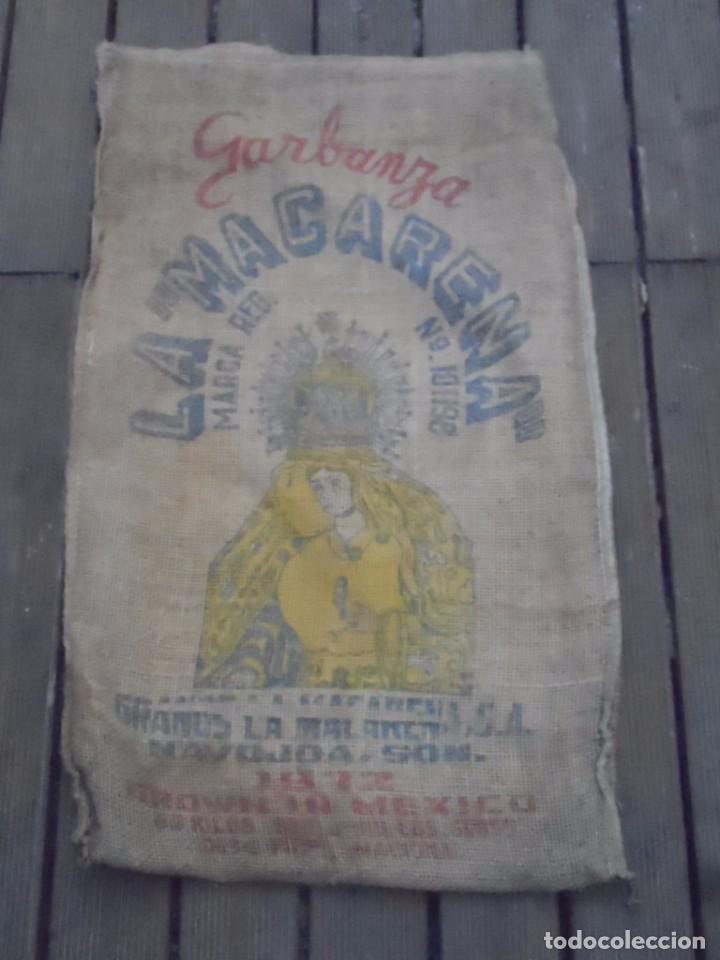 SACO DE ARPILLERA YUTE GARBANZO LA MACARENA VIRGEN (Antigüedades - Técnicas - Rústicas - Ganadería)