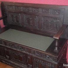 Antigüedades: CAJA DE NOVIA, MESA DE CENTRO DE HIERRO FORJADO. Lote 94451758