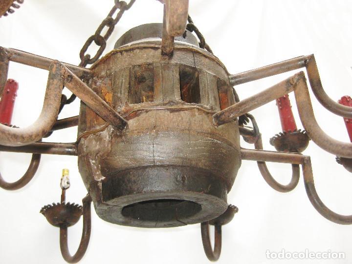 Antigüedades: BESTIAL !! LAMPARA ANTIGUA ORIGINAL ESTILO GOTICA MEDIEVAL EN FORJA Y MADERA TIPO JUEGO DE TRONOS - Foto 6 - 94463202