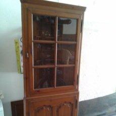 Antigüedades: VITRINA ESQUINERA PLATERO. Lote 94471494