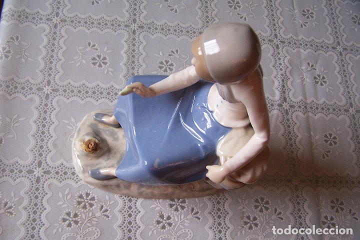 Antigüedades: Figura de mujer de porcelana pintada. Rex, valencia. Hand made (hecho a mano). - Foto 4 - 94487510