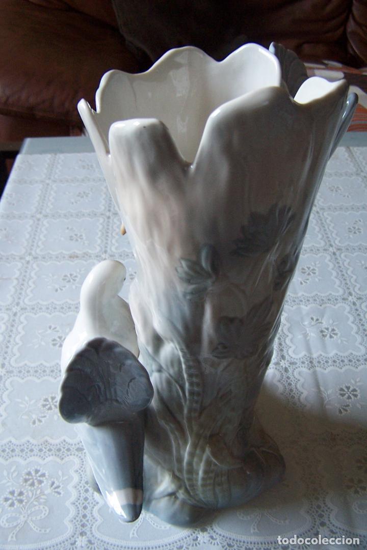 Antigüedades: JARRÓN DE PORCELANA PINTADO A MANO CON MOTIVOS DE PALOMAS. PORCEVAL, VILLAMARCHANTE (VALENCIA). - Foto 3 - 94488834