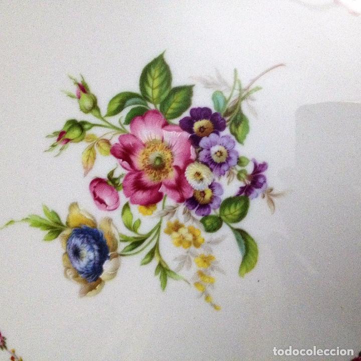 Antigüedades: Fuente pintada de porcelana de Limoges - Foto 4 - 94527818