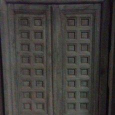 Antigüedades: PUERTA ANTIGUA DOBLE HOJA CON MARCO. Lote 94536798