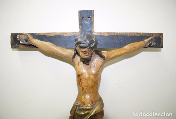 Antigüedades: CRUCIFIJO MUY ANTIGUO DEL SIGLO XVII - Foto 2 - 94592939