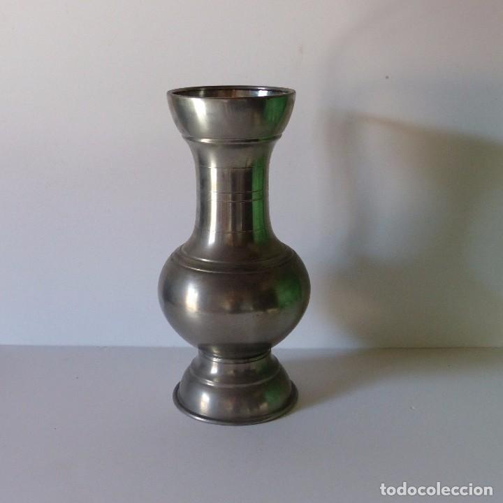 Antigüedades: Antigua JARRA GRANDE DE ESTAÑO con 35 cm !!!! - Foto 2 - 94599259