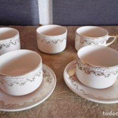 Antigüedades: JUEGO TAZAS Y PLATOS CAFE TACITAS PLATITOS PORCELANA PICKMAN CARTUJA SEVILLA. Lote 94630947