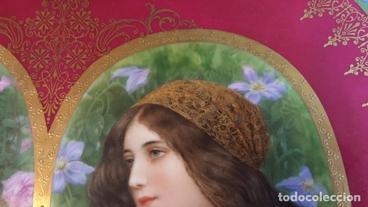 Antigüedades: PLATO DE PORCELANA. ROYAL VIENA. ESMALTADO. MARCA EN LA BASE. SIGLO XIX-XX. - Foto 6 - 94634315