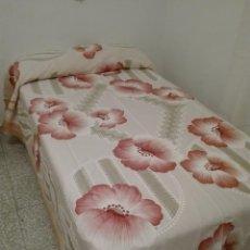 Antigüedades: ANTIGUA COLCHA FLECOS, CAMA 105 , NUEVA. Lote 94723871