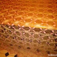 Antigüedades: ESPECTACULAR COLCHA ISABELINA DE ARAÑA POR APLICACIONES 275 CM ,UNA PASADA .. LEER ANTIGUO ORIGINAL . Lote 96872019