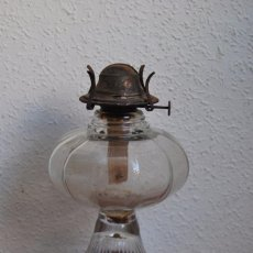 Antigüedades: PRECIOSO QUINQUÉ DE CRISTAL - LÁMPARA - FINALES DEL SIGLO XIX. Lote 94781435