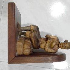 Antigüedades: SUJETALIBROS DE MADERA MUY ANTIGUOS ASTURIANOS. Lote 94808867