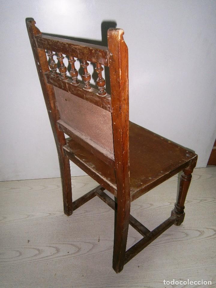 Antigüedades: Pequeña silla antigua de madera. - Foto 3 - 94818311