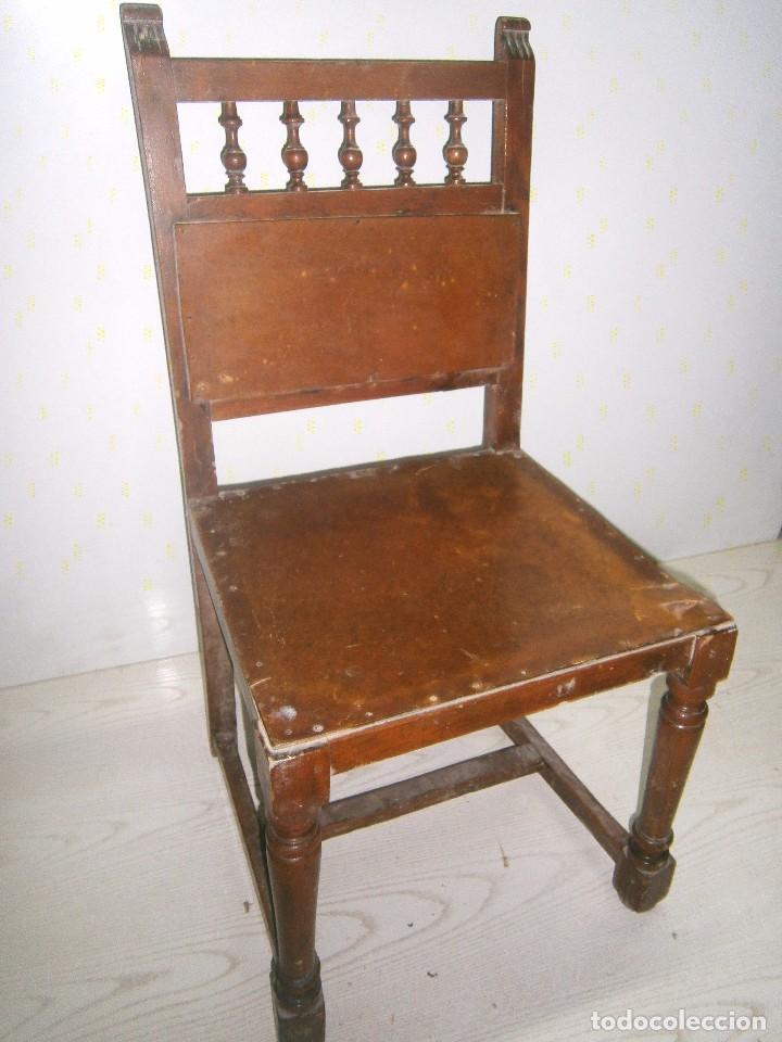 Antigüedades: Pequeña silla antigua de madera. - Foto 5 - 94818311