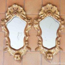 Antigüedades - Pareja de cornucopias en madera tallada y dorada. - 94851335