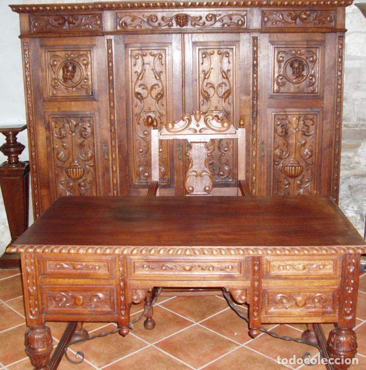 ANTIGUO CONJUNTO DE DESPACHO DE ROBLE MACIZO TALLADO. ESPECTACULAR TALLA. (Antigüedades - Muebles Antiguos - Mesas de Despacho Antiguos)