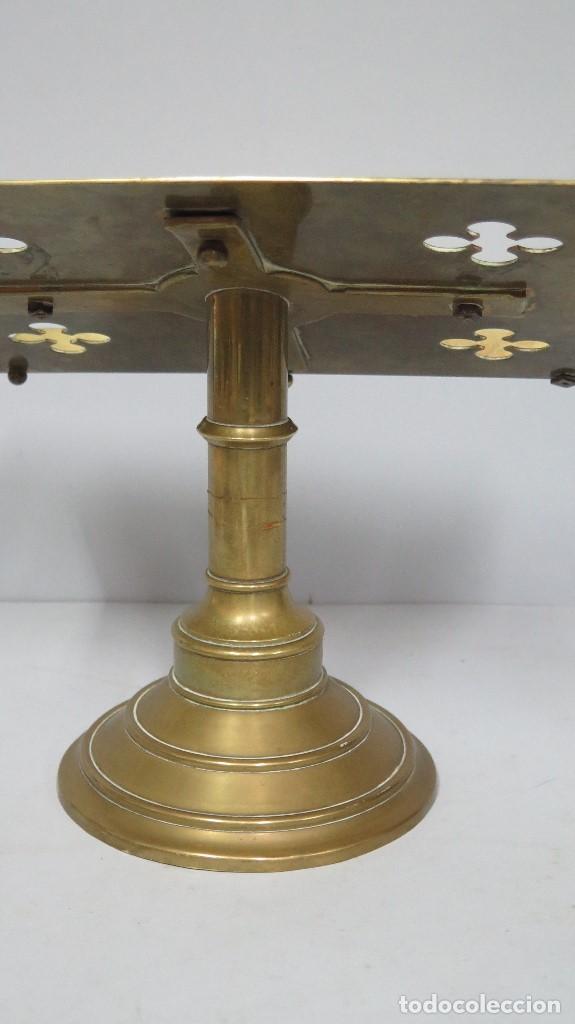 Antigüedades: ANTIGUO Y BONITO ATRIL DE IGLESIA DE BRONCE. SIGLO XIX - Foto 6 - 94950899