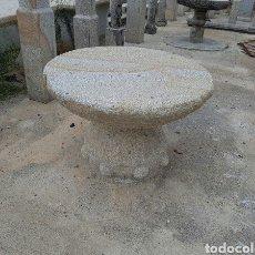 Antigüedades: MESA DE PIEDRA DE GRANITO. Lote 94961876
