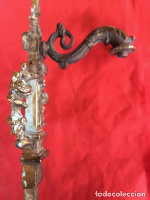 Antigüedades: Antiguo artesanal aplique luz de bronce isabelino con rosetas decoración, aseado una preciosa pieza - Foto 5 - 95081543
