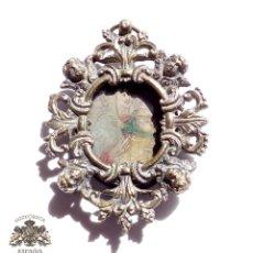 Antigüedades: MEDALLA SIGLO XVI - XVII - TIPO RELICARIO - PINTURA VIRGEN CON NIÑO - 9 X 6 CM. Lote 95139971