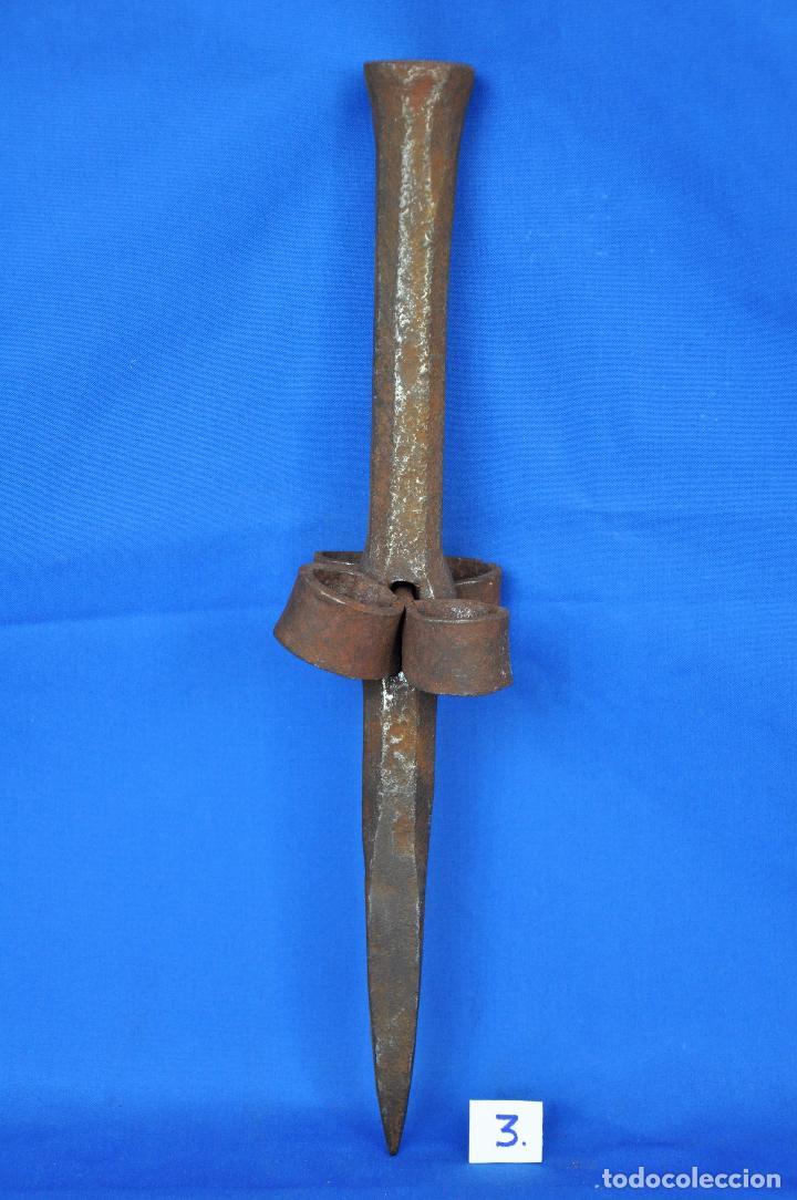 Antigüedades: Yunque para picar la guadaña.Nº 3 - Foto 2 - 95146639