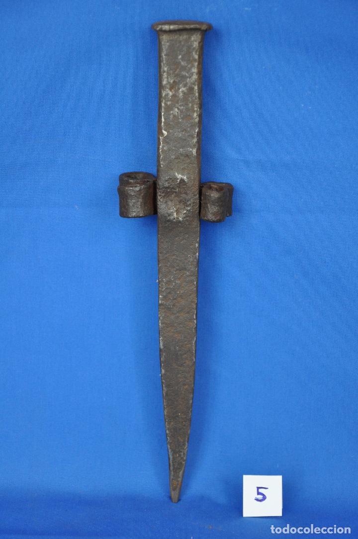 Antigüedades: Yunque para picar la guadaña.Nº 5 - Foto 2 - 95147843