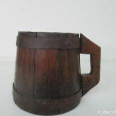 Antigüedades: ANTIGUA MESURA - CUARTERA DE GRANO - MADERA DE CASTAÑO - CON ASA - ORIGINAL - S. XIX. Lote 95285127