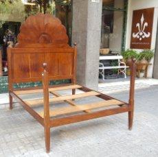 Antigüedades: CAMA DE MATRIMONIO ESTILO IMPERIO. MADERA DE CAOBA. ESPAÑA. SIGLO XIX. . Lote 95344563