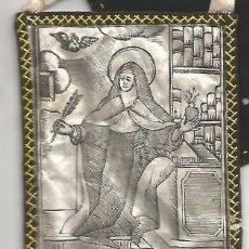 Antigüedades: ANTIGUO ESCAPULARIO DETENTE PRINCIPIOS SIGLO SANTA 8,5 X 7 CM. Lote 95348731