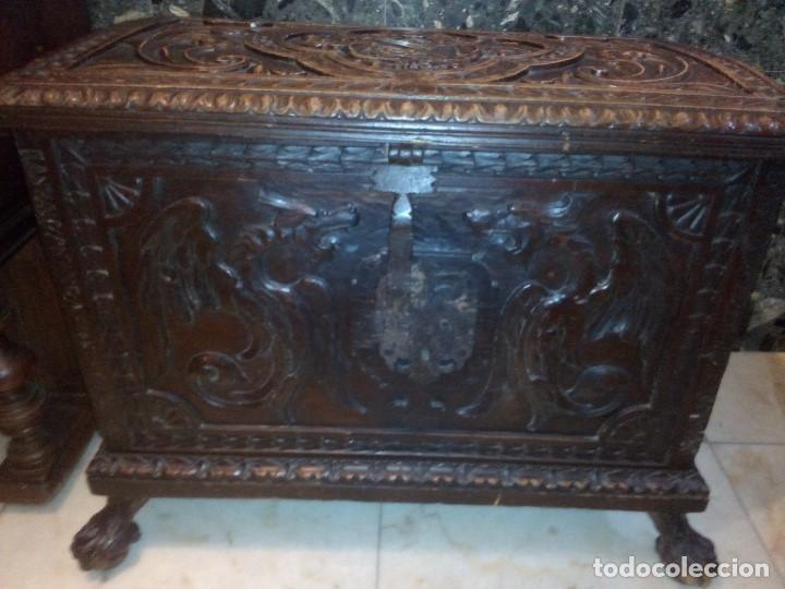Antigüedades: ARCÓN TALLADO ROBLE - Foto 2 - 95390871