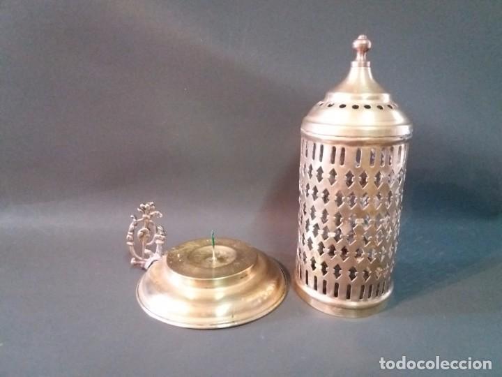 Antigüedades: ANTIGUO Y PRECIOSO PORTA VELAS DE LATÓN - Foto 3 - 95532439