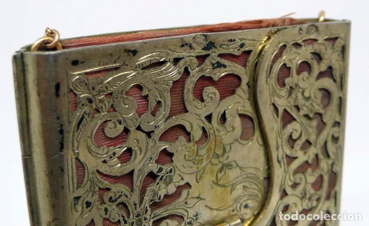 Antigüedades: Antiguo carnet de baile de plata vermeil,cadena oro bajo interior de seda - Final S.XIX - princ.S.XX - Foto 3 - 95559595