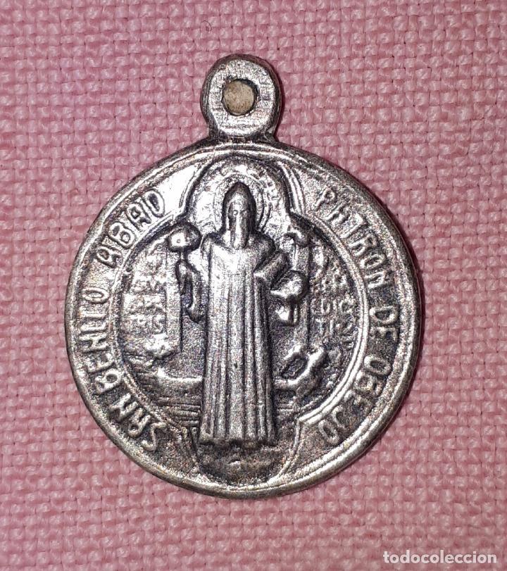 812249152ba ANTIGUA MEDALLA DE SAN BENITO ABAD PATRON DE OBEJO CÓRDOBA (Antigüedades -  Religiosas - Medallas
