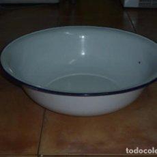 Antigüedades: GRAN PALANGANA HIERRO ESMALTADO. Lote 95582783