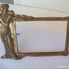 Antigüedades: ANTIGUO MARCO PARA FOTOS DE BRONCE, ART NOUVEAU. 25 X 20 CM. MODERNISTA. PHOTO FRAME BRONZE. Lote 95588671