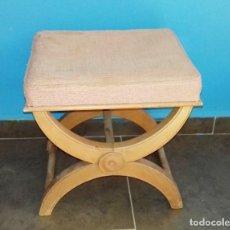 Antigüedades: TABURETE,DESCALZADORA DE MADERA.. Lote 95640495