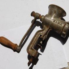 Antigüedades: PICADORA DE CARNE ELMA. Lote 95644203