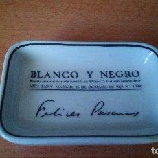 Antigüedades: CENICERO REVISTA BLANCO Y NEGRO - 75 ANIVERSARIO - 1965 - CERAMICA SANTA CLARA (VIGO). Lote 95661179
