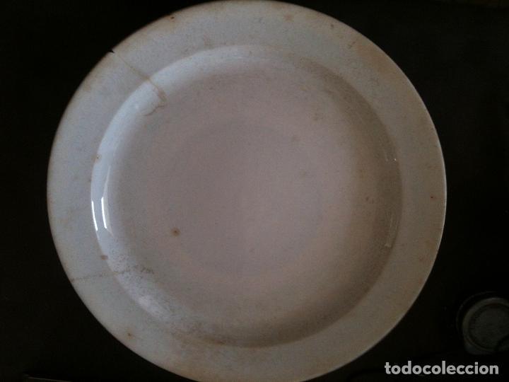 Antigüedades: ANTIGUO Y ENORME PLATO PIKMAN S.A. SEVILLA CARTUJA-DIAMETRO 35 CM - Foto 7 - 95670683