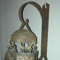 Antigüedades: LLAMADOR DE PARED CON CENCERROS. Lote 95678019